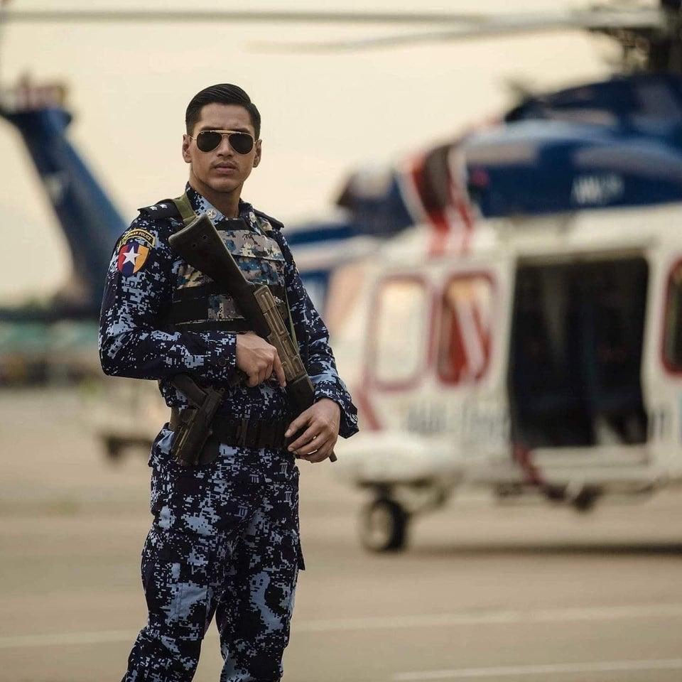 Militare della marina birmana